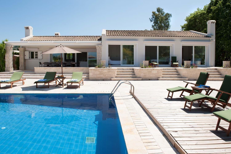 greek luxury villa