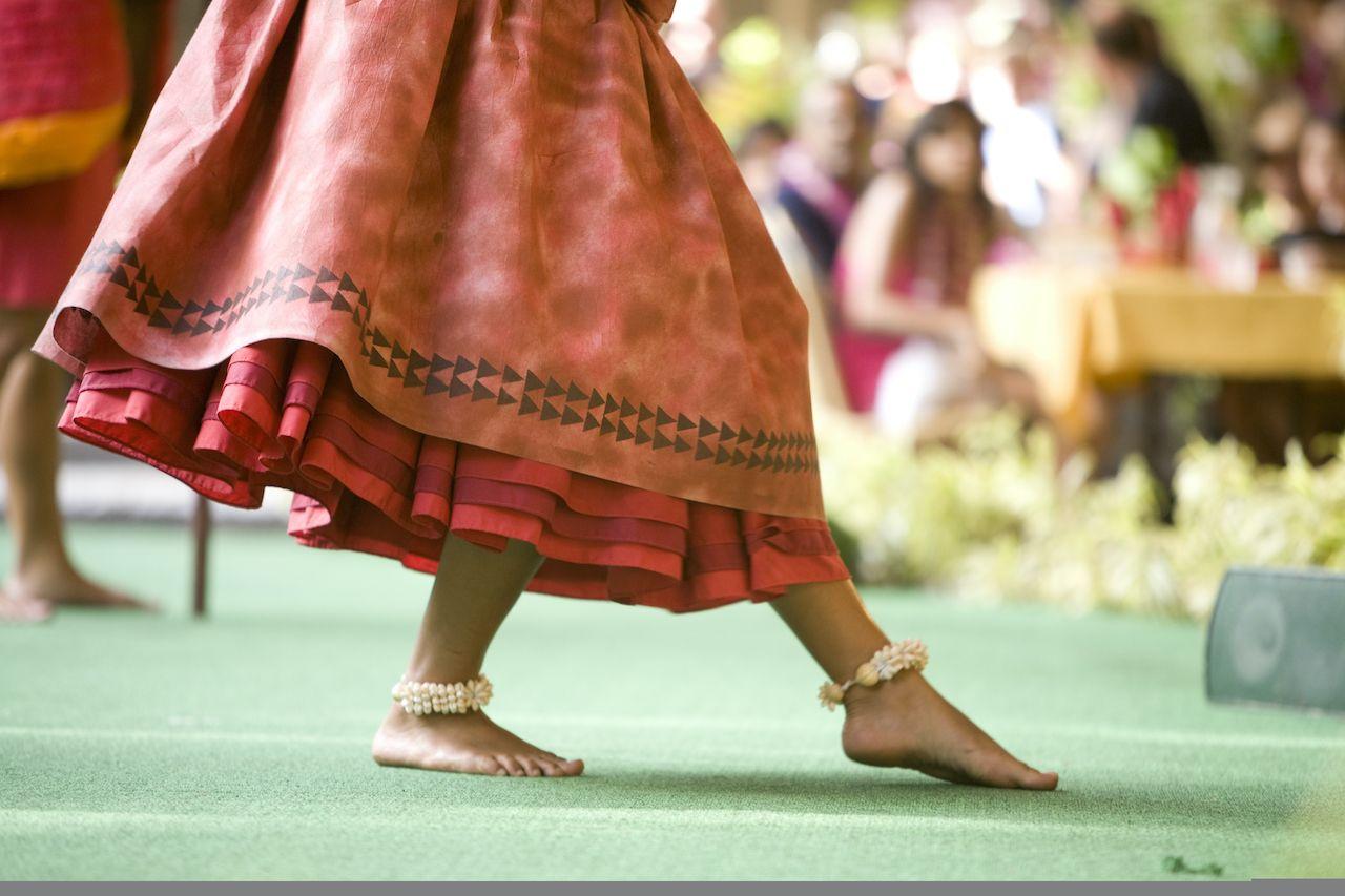 Hula dancer's feet