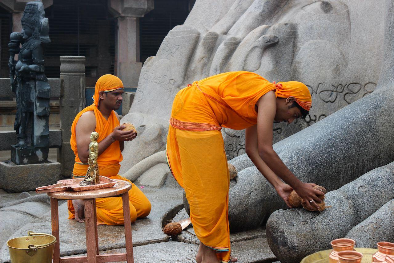 Jain Sadhus seeking blessings