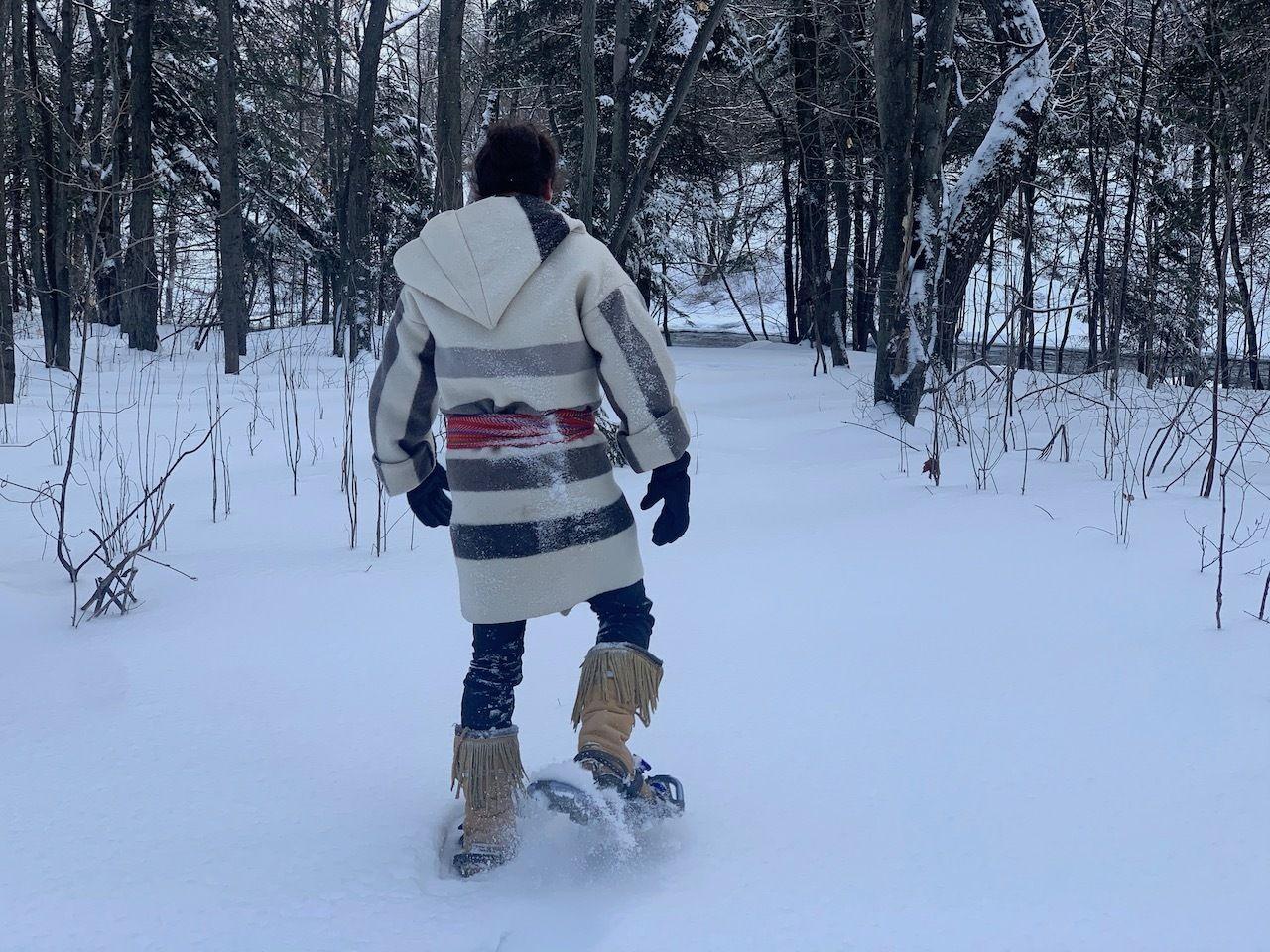Wendake snowshoeing