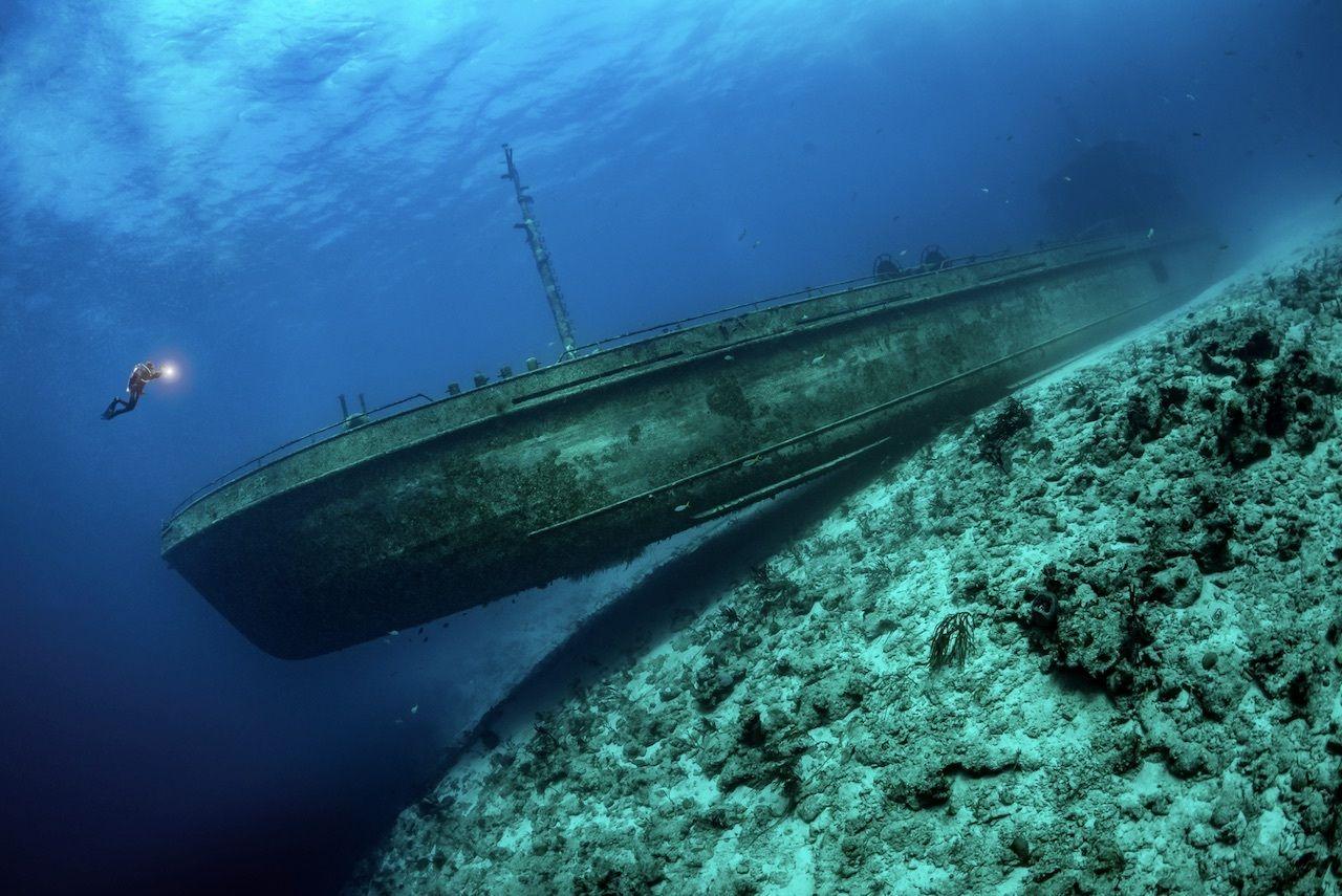 underwater shipwreck photo