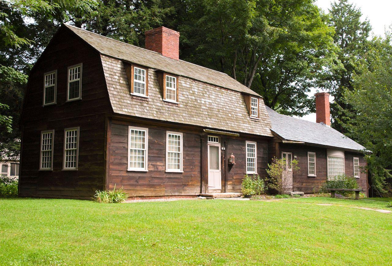 Old Deerfield Village Historic District in Western Massachusetts
