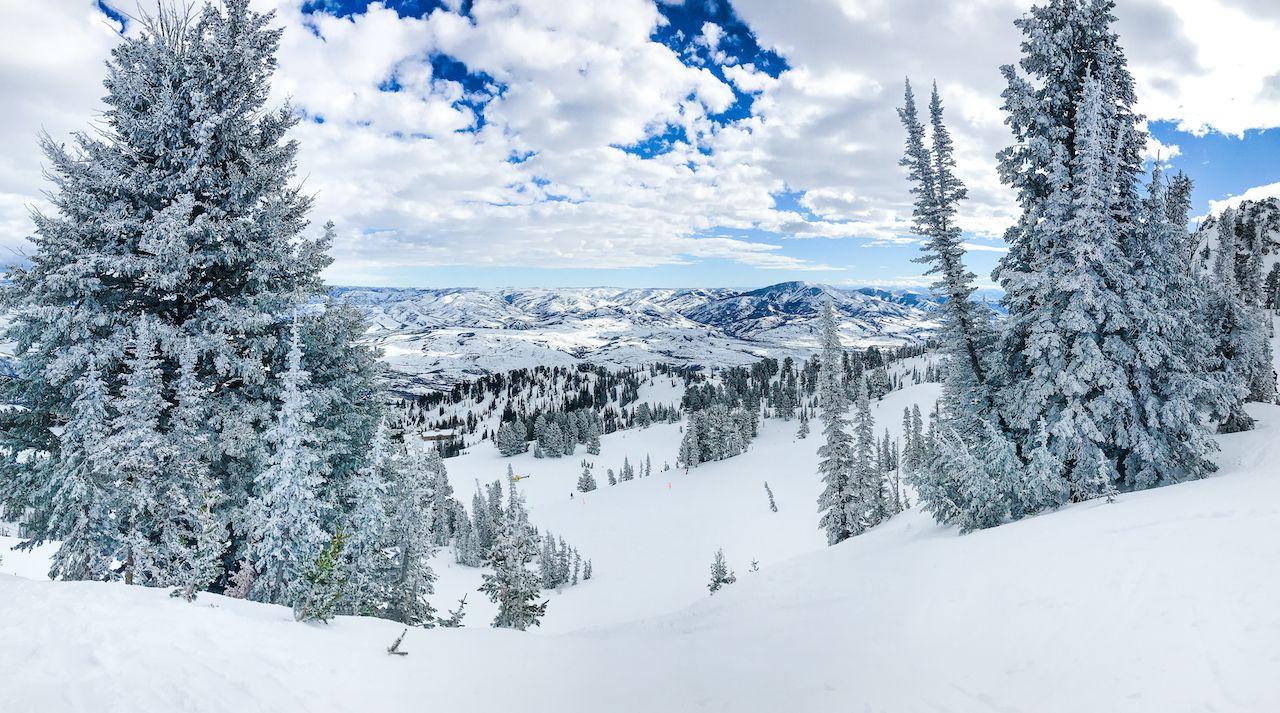 Snobasin resort for Utah skiing