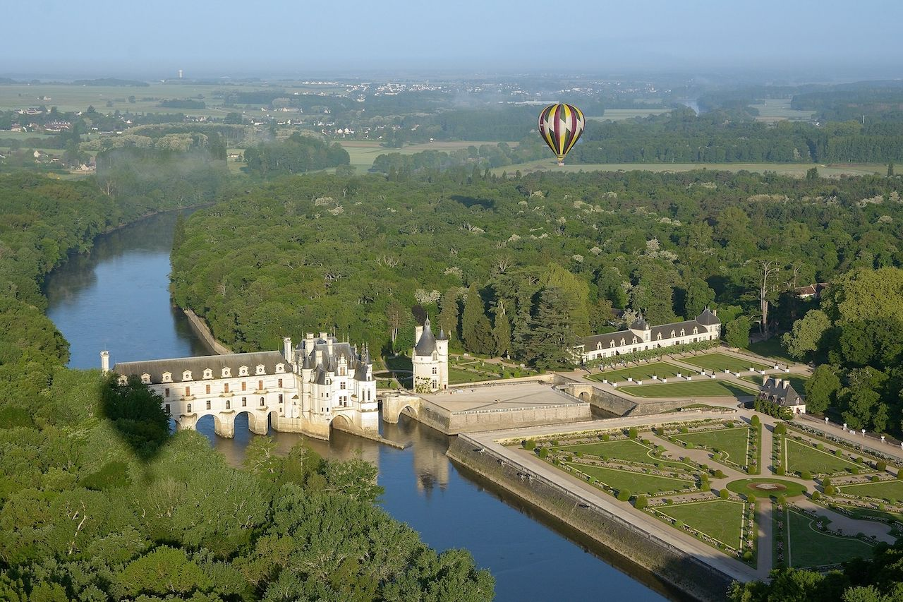 chenonceau castle, loire valley, regional food france