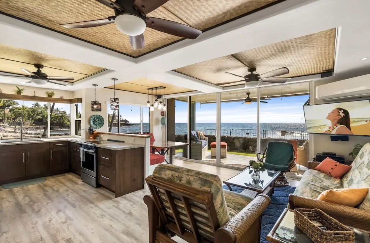 home on kona reef and beach, best airbnbs on the big island