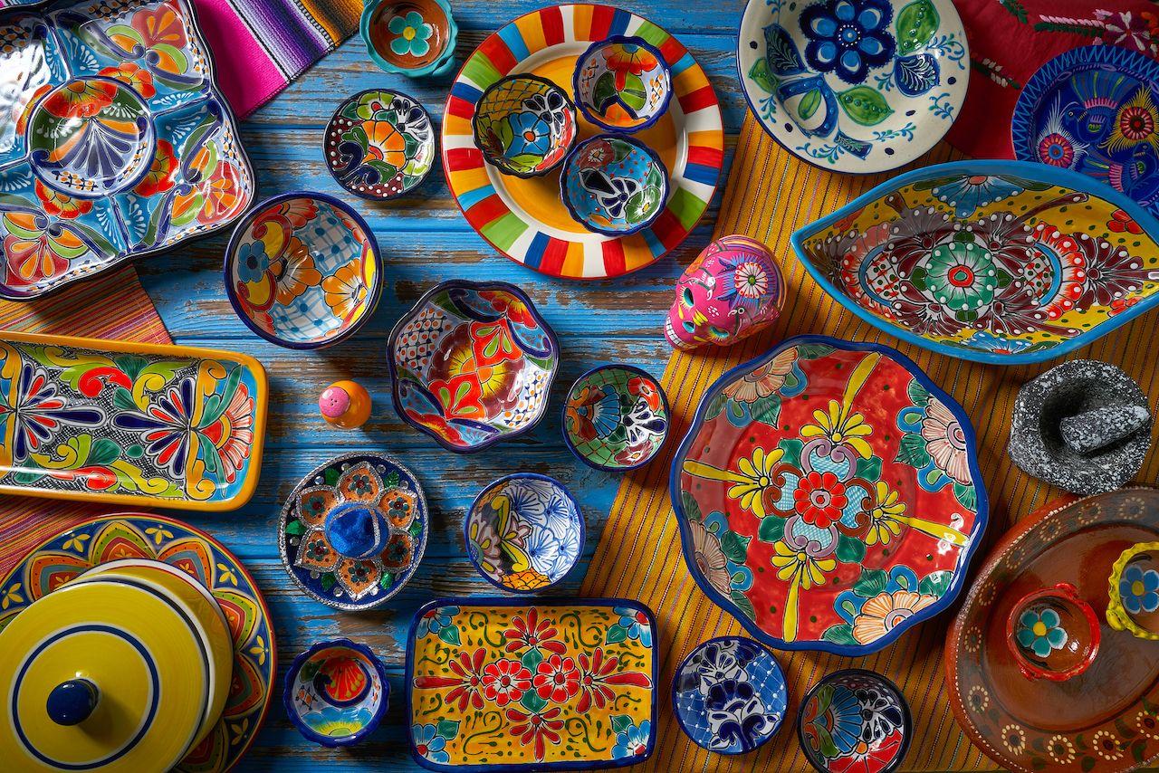 Mexican pottery Talavera style of Puebla, Mexico