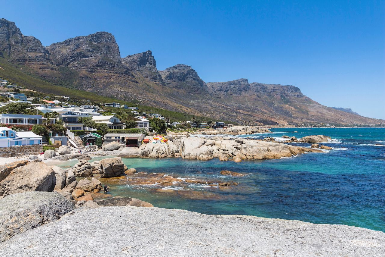 Bakoven beach, twelve apostels view sunny day, scenic views Cape Town
