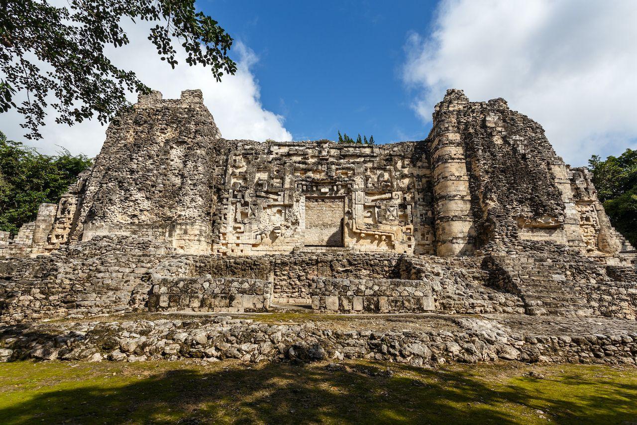 Ruins of the pre-Hispanic Mayan town Hormiguero, Campeche, Mexico, Yucatán Peninsula pyramids