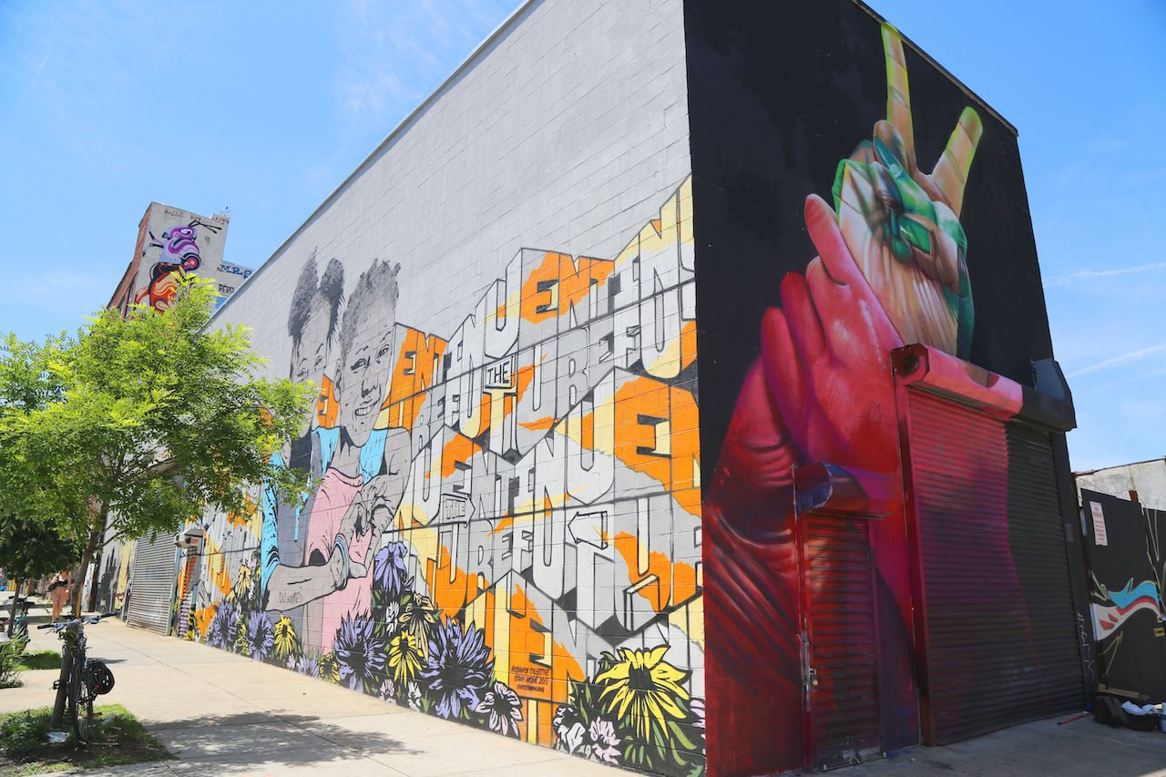 Mural art at East Williamsburg in Brooklyn, best outdoor gatherings in New york city 2021