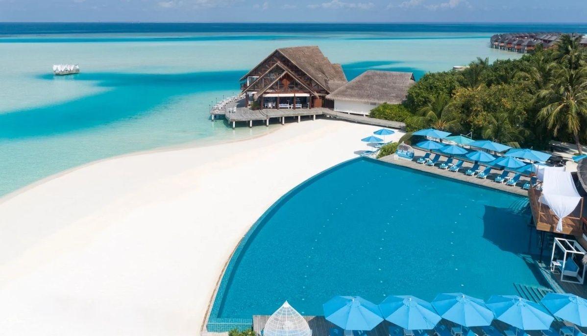 Anantara Dhigu aerial pool, Maldives resorts