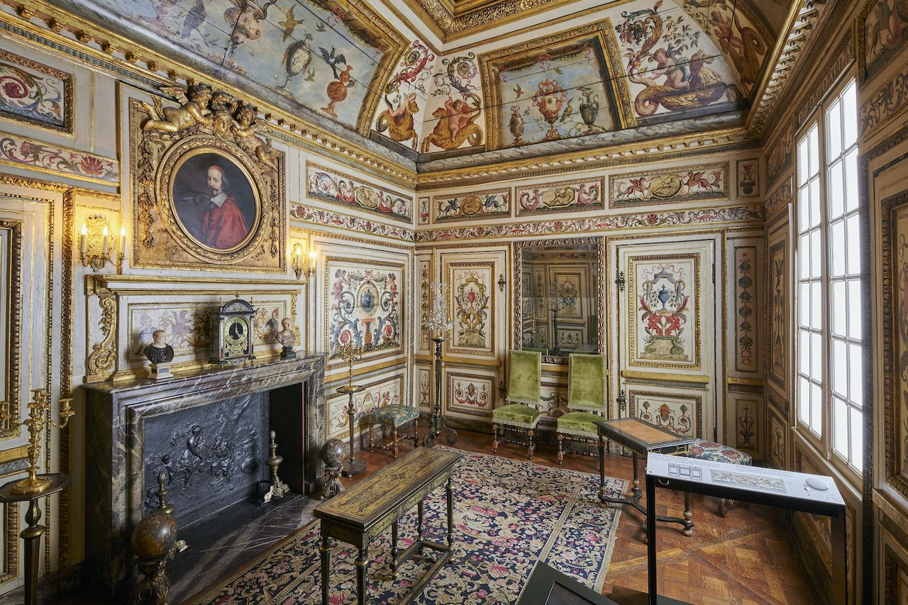 Room at Musee Carnavalet Histoire de Paris