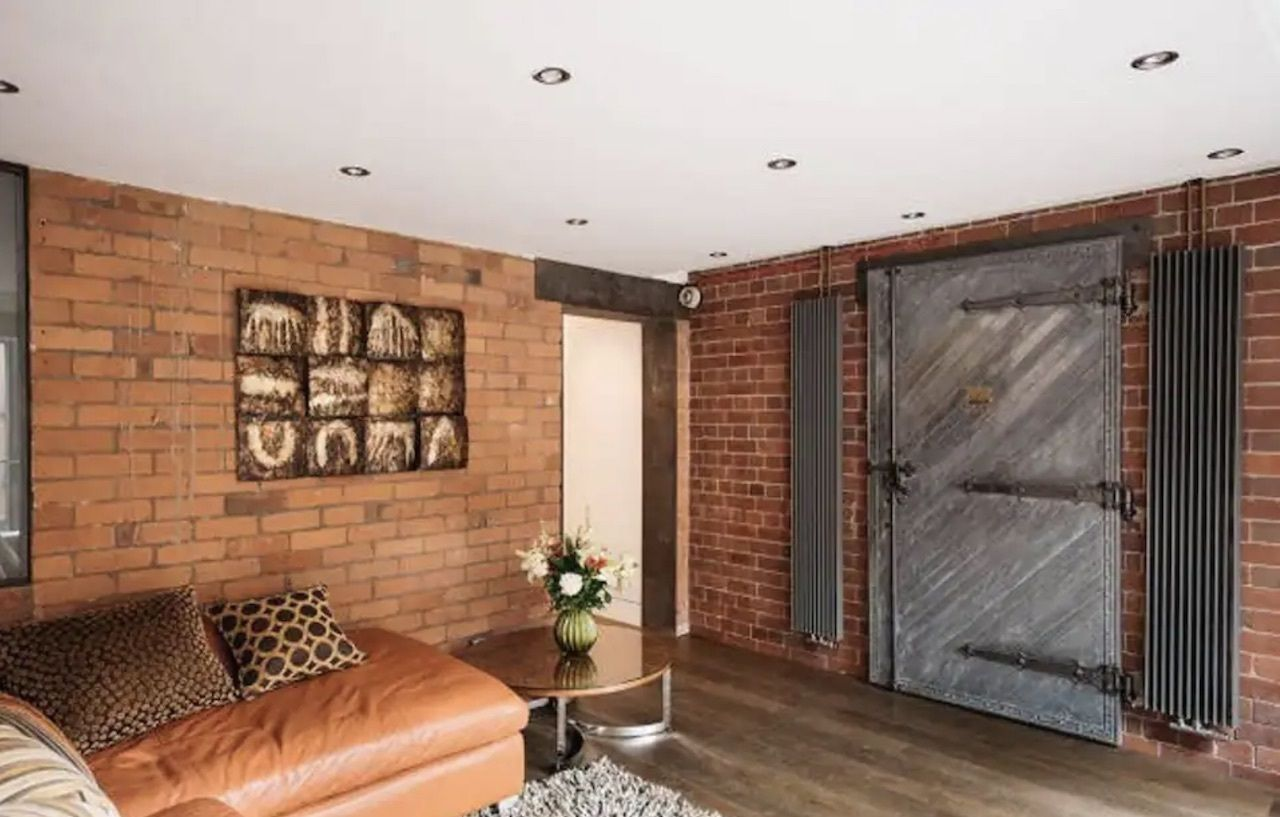 Bank Vault in West Didsbury stay, best airbnbs in Manchester