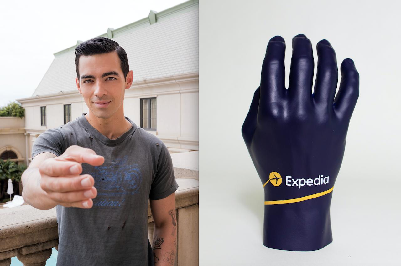 joe jonas expedia hand, joe jonas hand replica