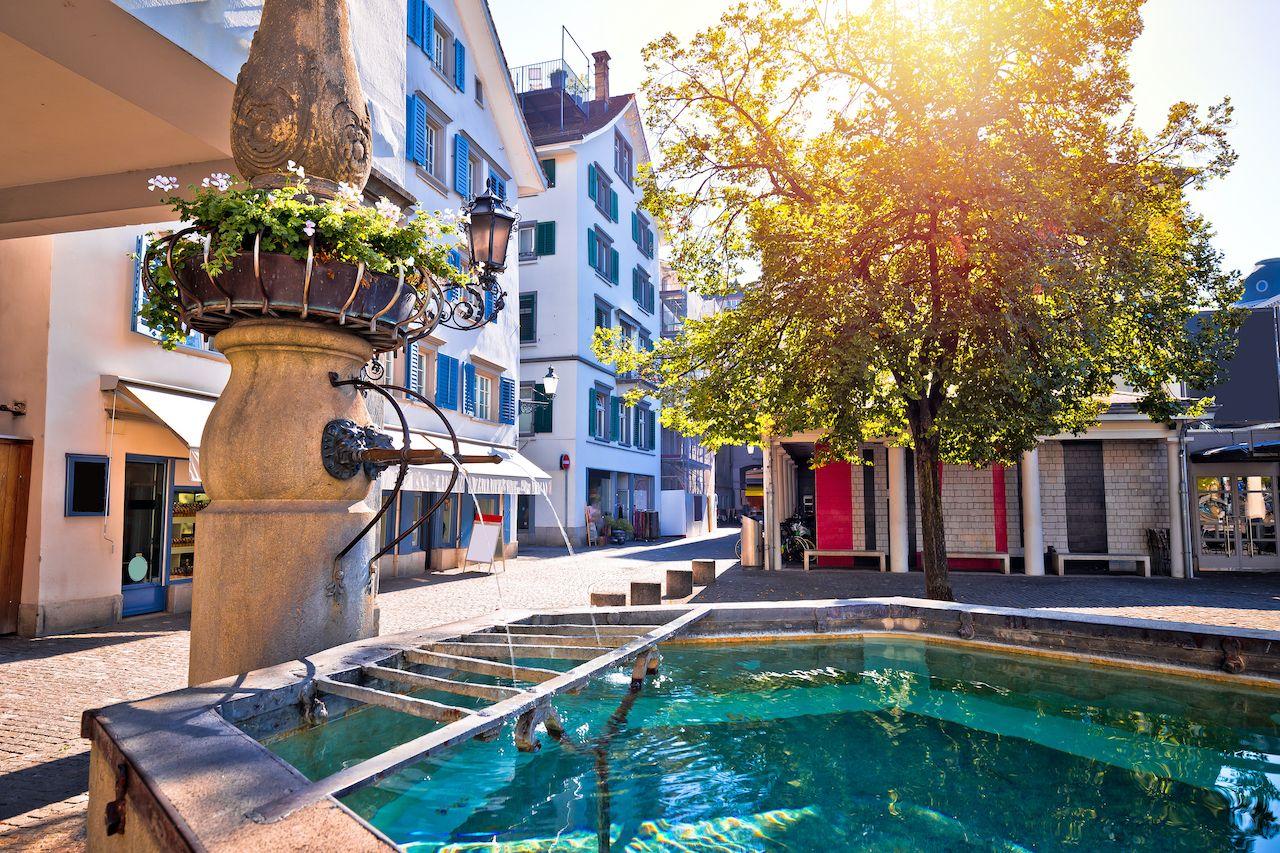 Zurich Fountain, Save money in Zurich