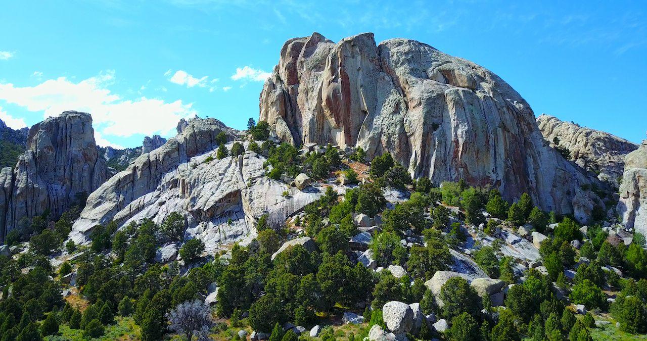 Castle Rocks Idaho - Dramatic Jutting Rock Formation On Gray Granite Cliffs, city of rocks