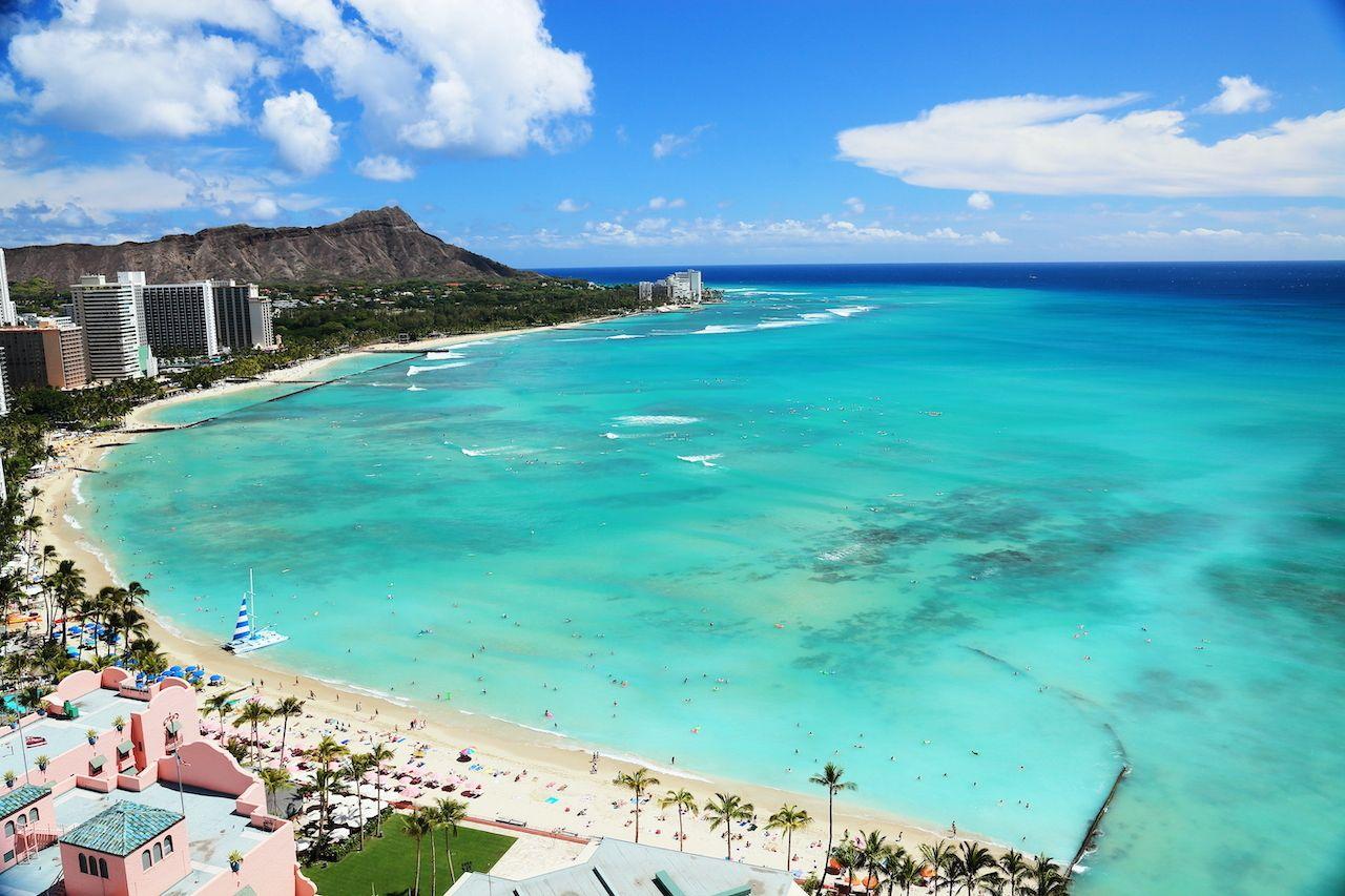 Beautiful beach of Waikiki, Hawaii, Oahu beaches for families