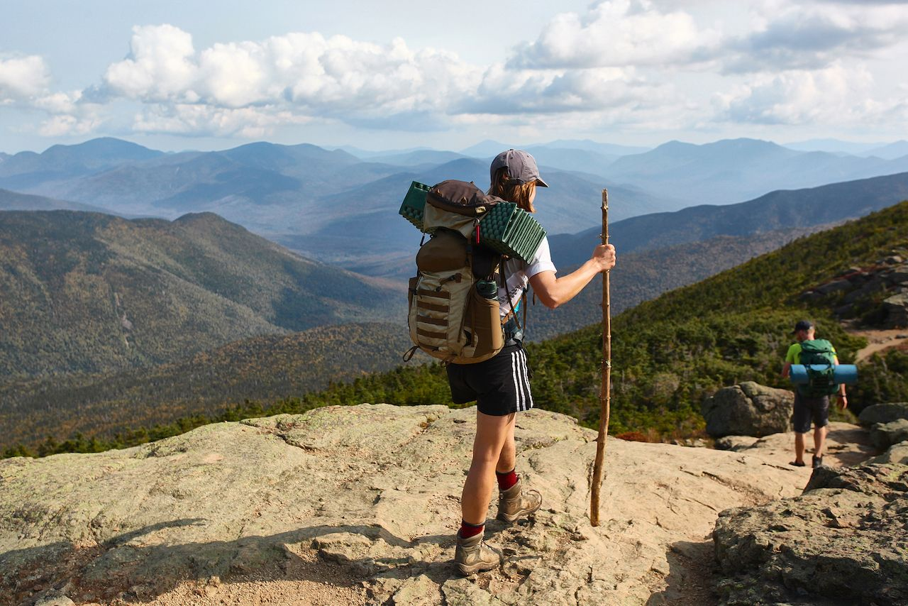 Hikers,In,The,Mountains,Of,New,Hampshire