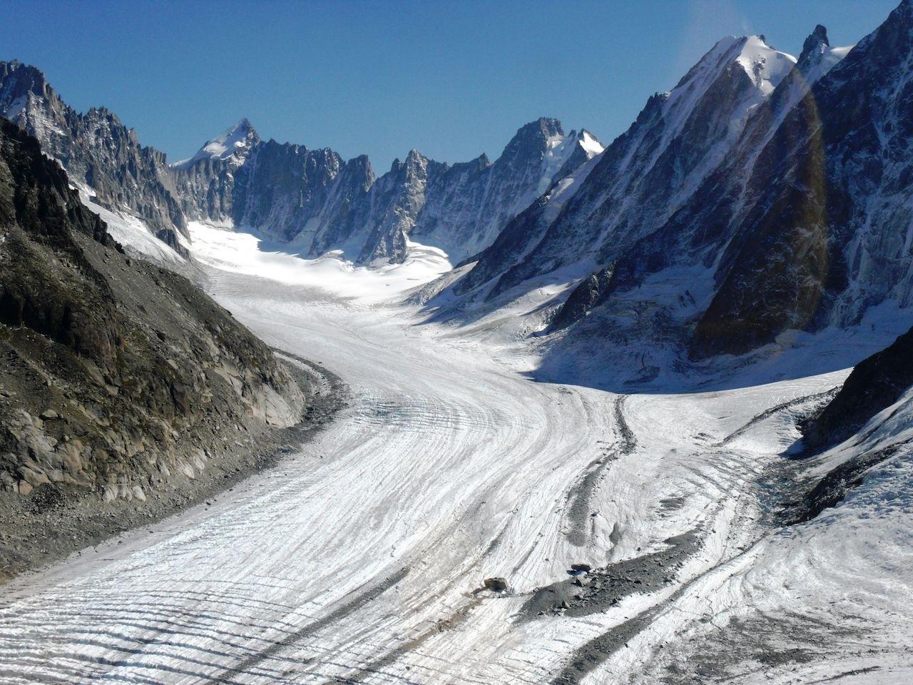 Argentiere-Glacier-Glacier-Hikes-Chamonix-689953603, hikes to glaciers