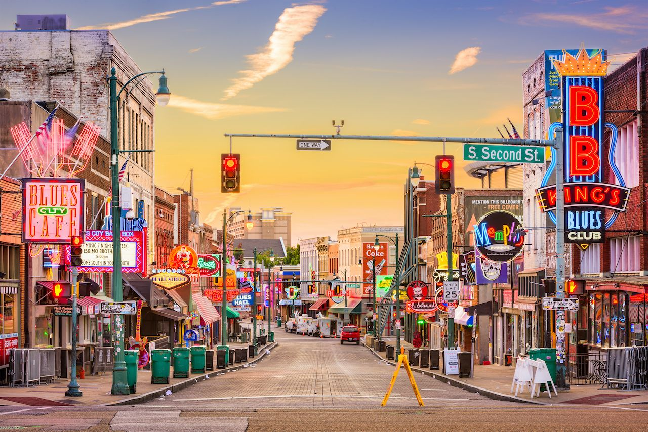 MEMPHIS, TENNESSEE - AUGUST 25, 2017: Blues Clubs on Beale Street at dawn., August travel