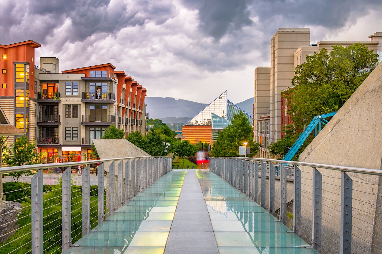 Chattanooga,,Tennessee,,Usa,Downtown,Cityscape,From,The,Pedestrian,Bridge,At,  outdoor activities in Chattanooga