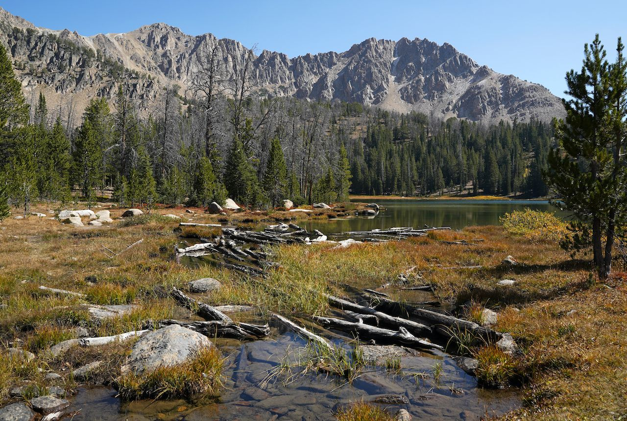 Scenic,View,Of,Fourth,Of,July,Lake,In,Idaho,hikes in the Sawtooth
