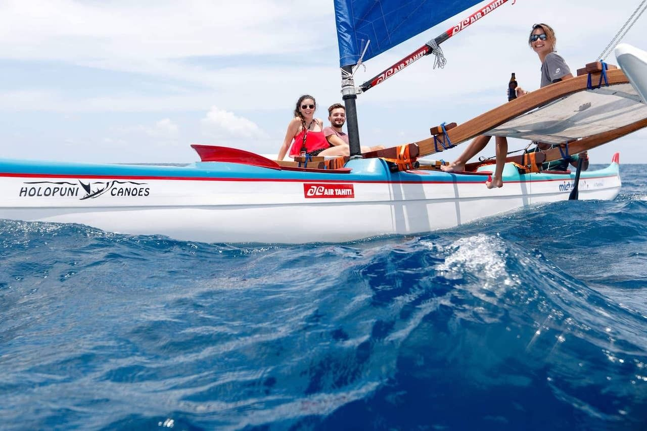 French Polynesia travel, traditional canoe