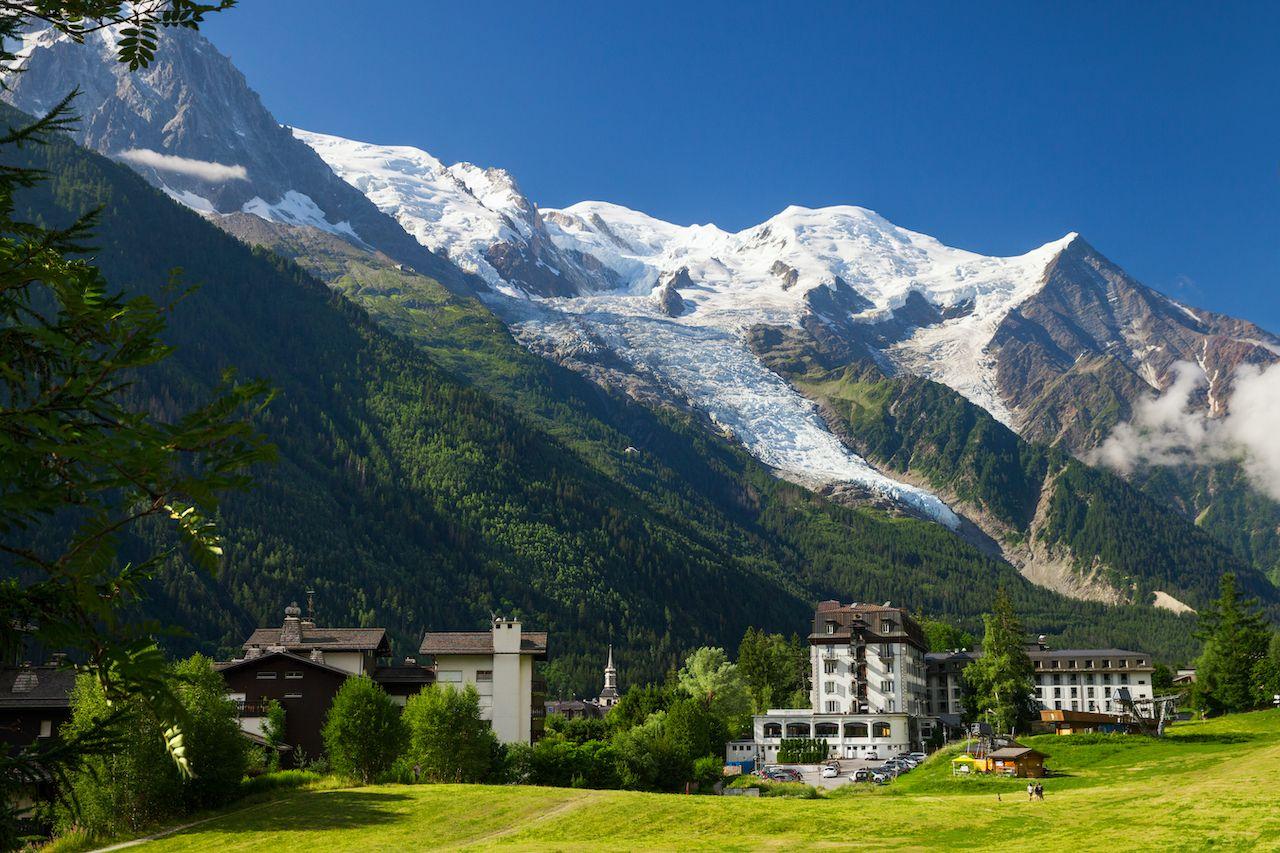 Glacier-des-Bossons-1650131245, hikes to glaciers