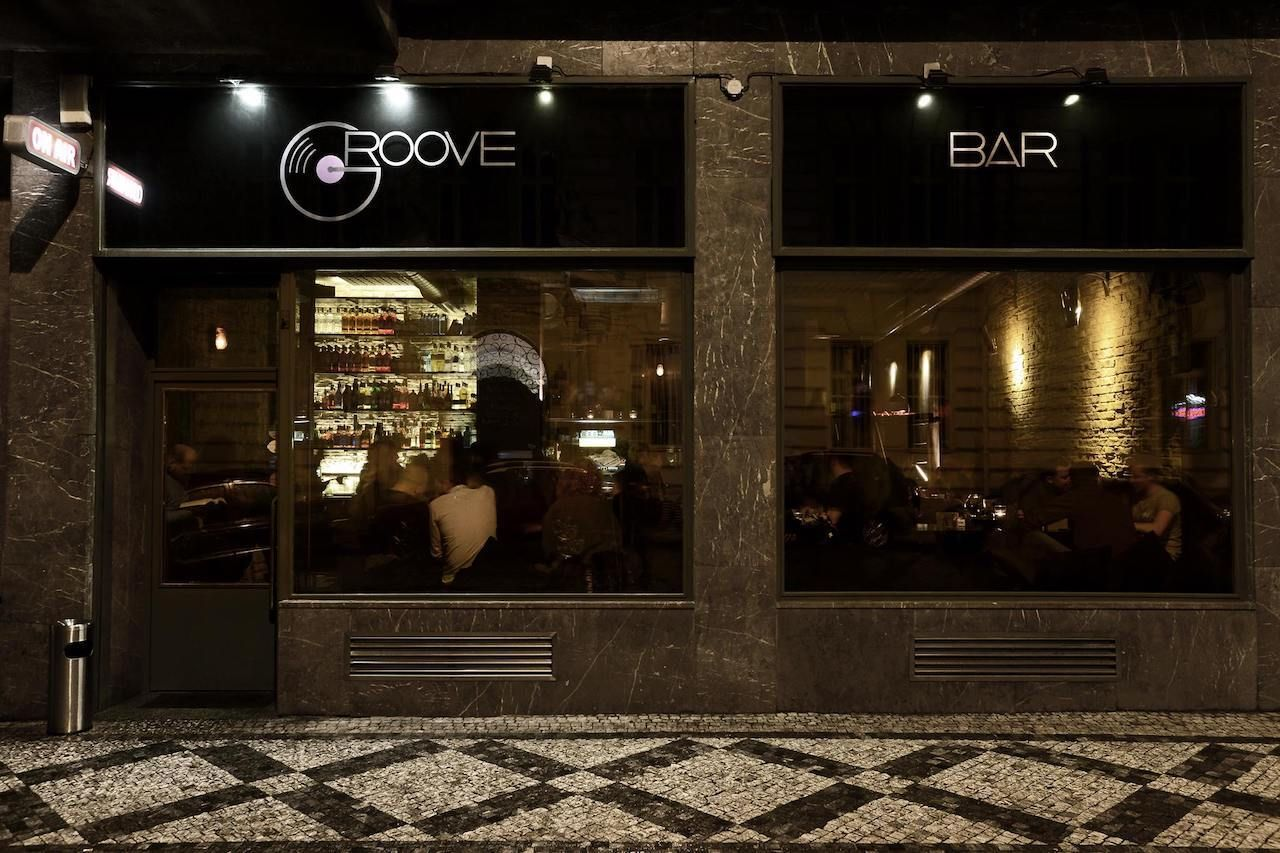 Groove bar exterior prague, Prague bars