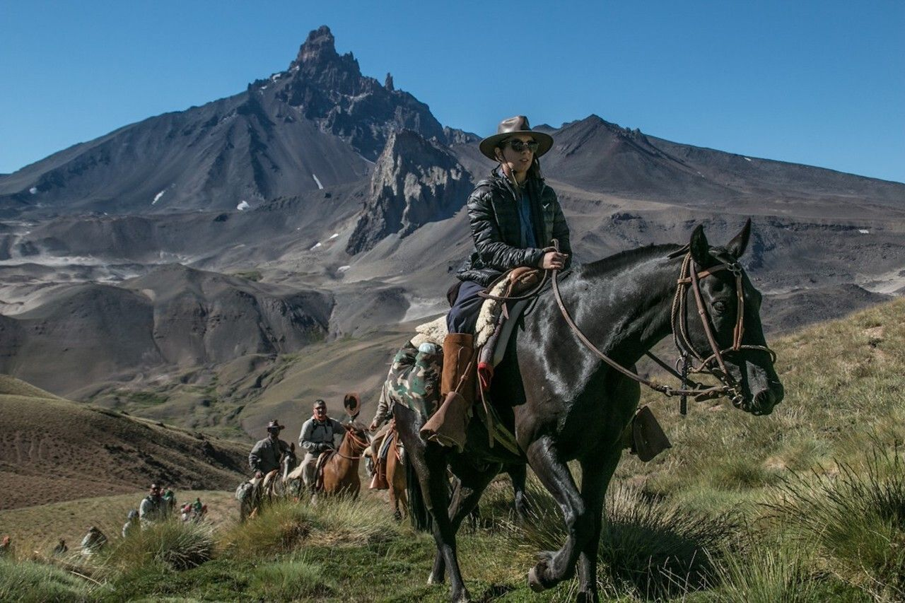 Horseback rides Andes, Argentina's wine country
