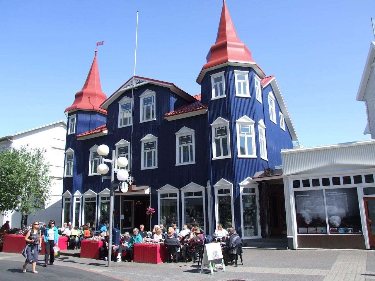Bláa Kannan, Akureyri