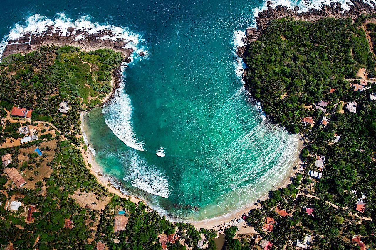 Hiriketiya-beach-sri-lanka-1361838410 , Beaches in Sri Lanka