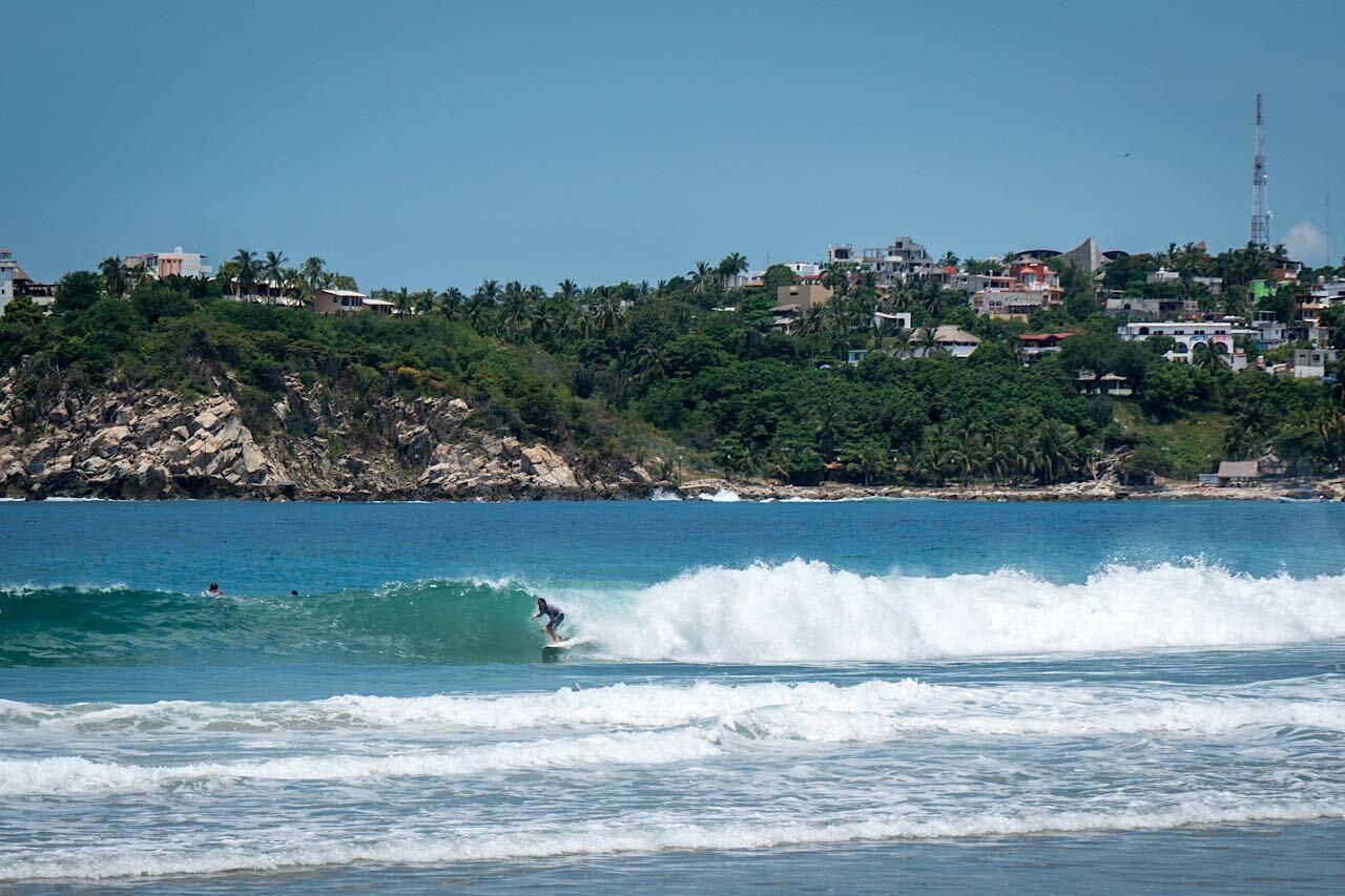 Surfers,And,Beach,In,Puerto,Escondido,Playa,Zicatela,,Mexico, Mexico experience