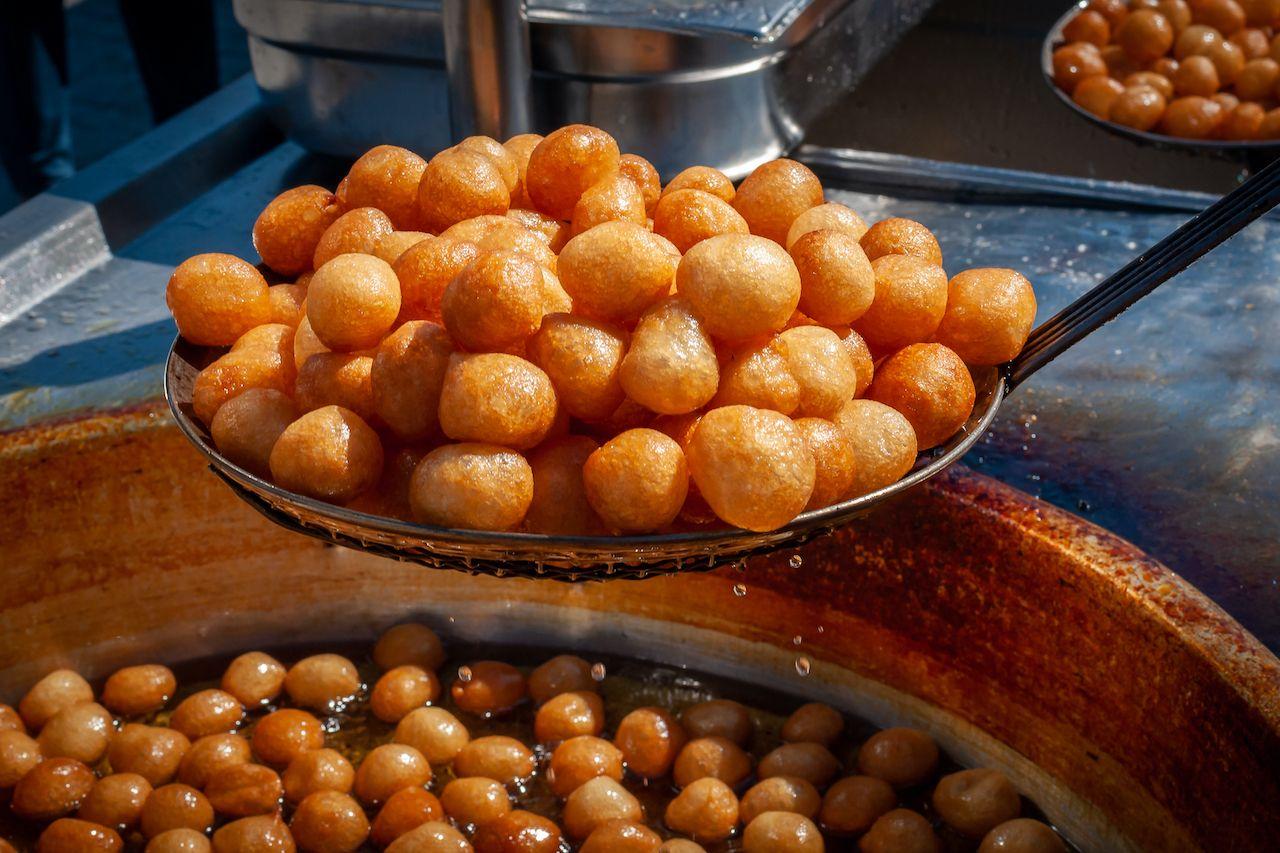 Freshly,Fried,Lokma,(luqma,-,Arabic),Piled,High,On,A, Middle Eastern desserts