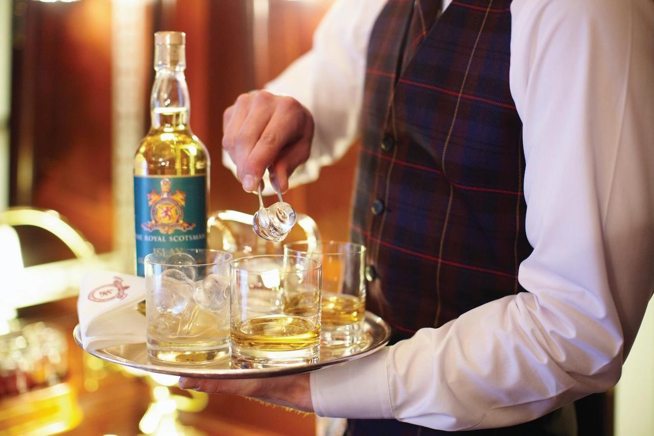 Scotch Malt Whisky Tour Royal Scotsman luxury Train Whisky tasting