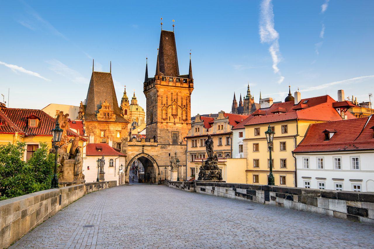 Prague,,Czech,Republic.,Charles,Bridge,With,Its,Statuette,,Lesser,Town, Malá Strana