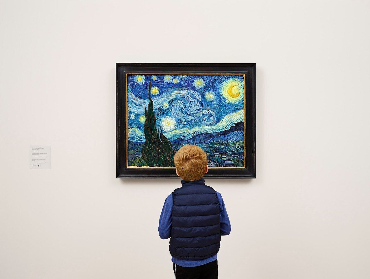 The Starry Night by Vincent van Gogh at MoMA New York City kid looking at it, The MoMA