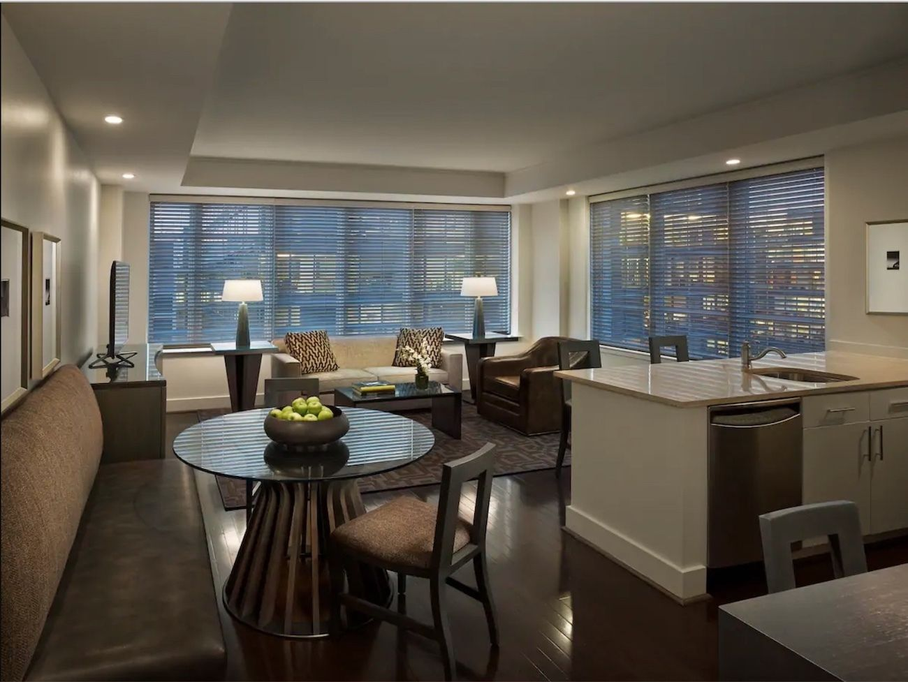 Two-bedroom-suite-near- Monument-Memorials-museums-Airbnb-Washington-DC, Washington, DC Airbnbs
