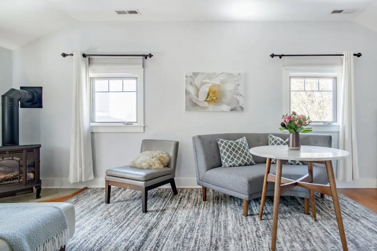 bungalow, Airbnbs in Asheville