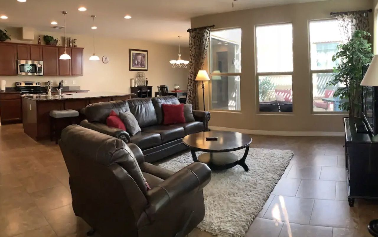 Clean, quiet home near sports, entertainment, and shopping, phoenix airbnbs