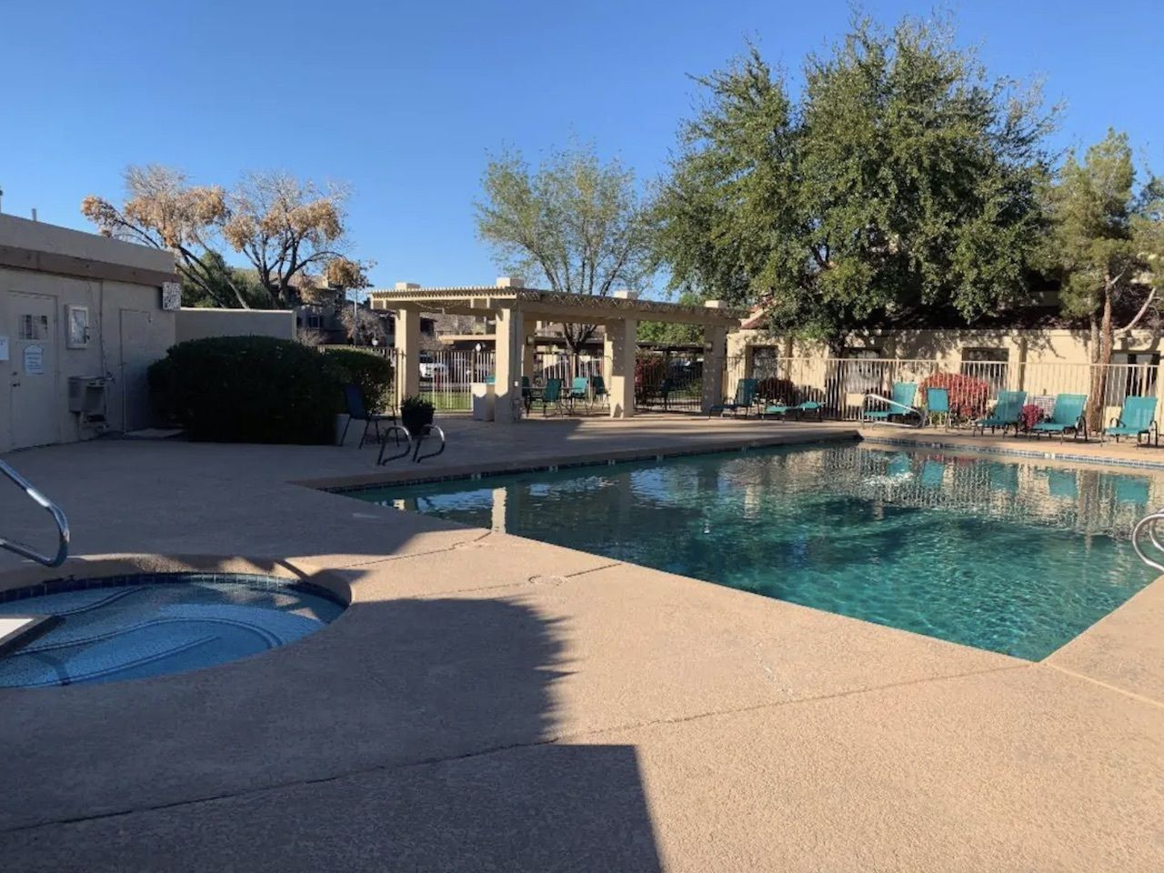 Modern townhome near Chicago Cubs spring training home, phoenix airbnb