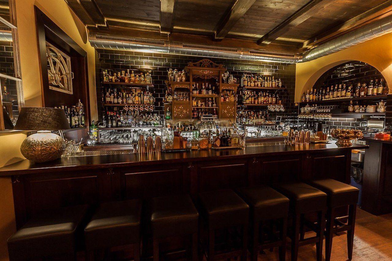 HEMINGWAY BAR PRAGUE, Prague bars