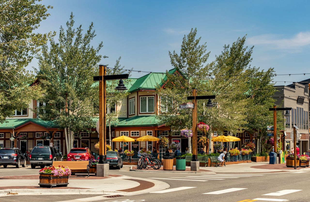 Main,Street,,Downtown,Frisco,,Colorado.,A,Quaint,And,Popular,Ski, sustainable travel in Breckenridge