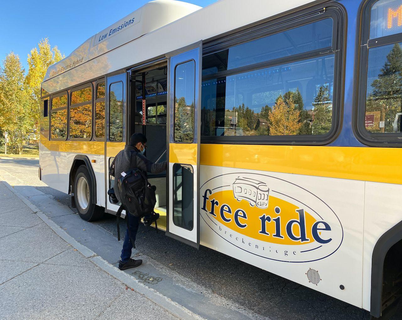 Breckenridge,,Co,/,Usa,-,September,29,,2020:,Passenger,Getting, sustainable travel in Breckenridge