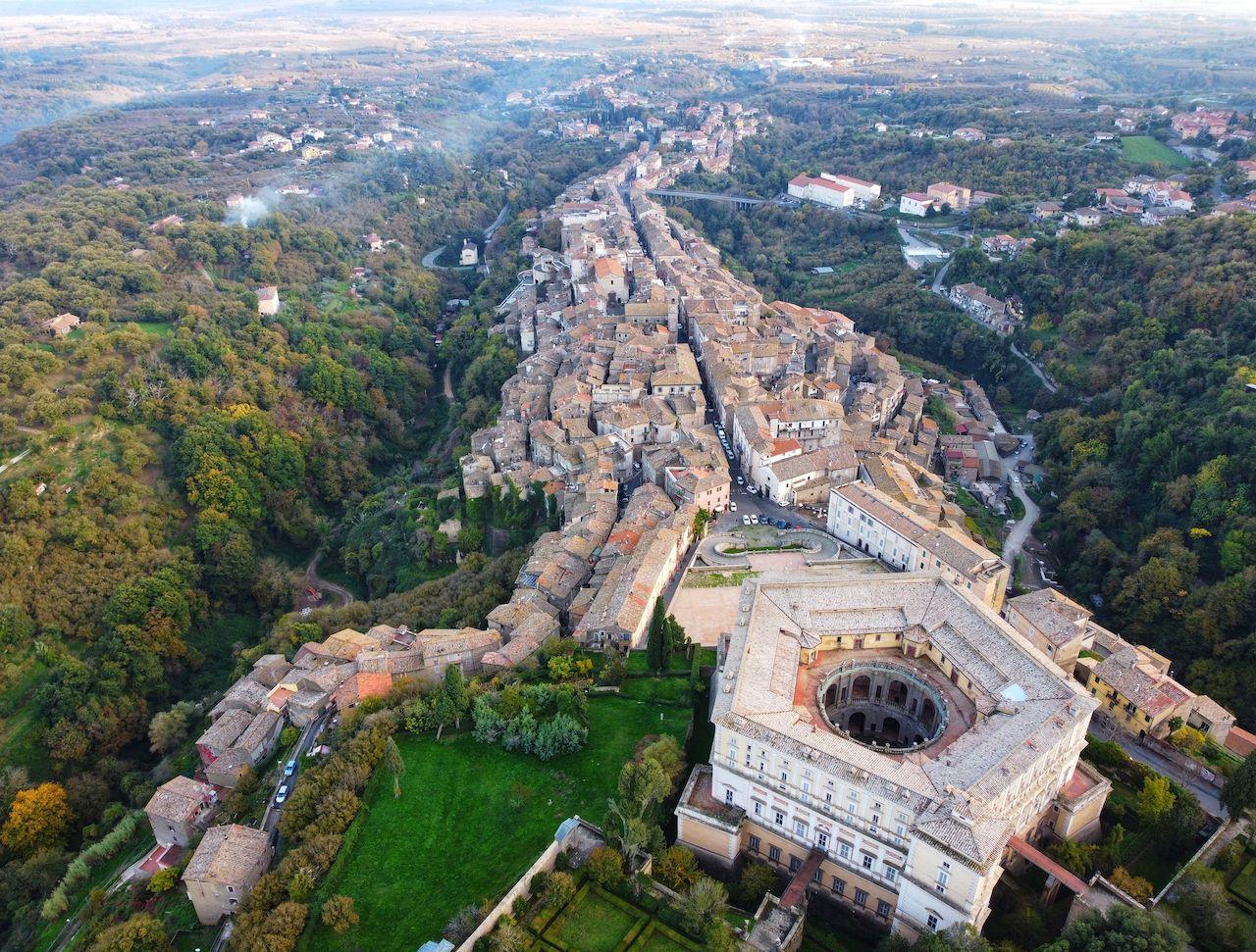 Palazzo,Farnese,In,Caprarola,,Italy,  Tuscia town