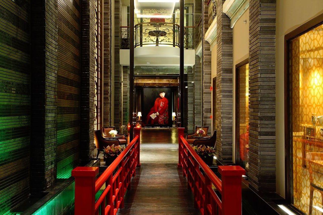 Accommodation-in-Bangkok-Luxury-Hotel-Shanghai-Mansion-Hotel