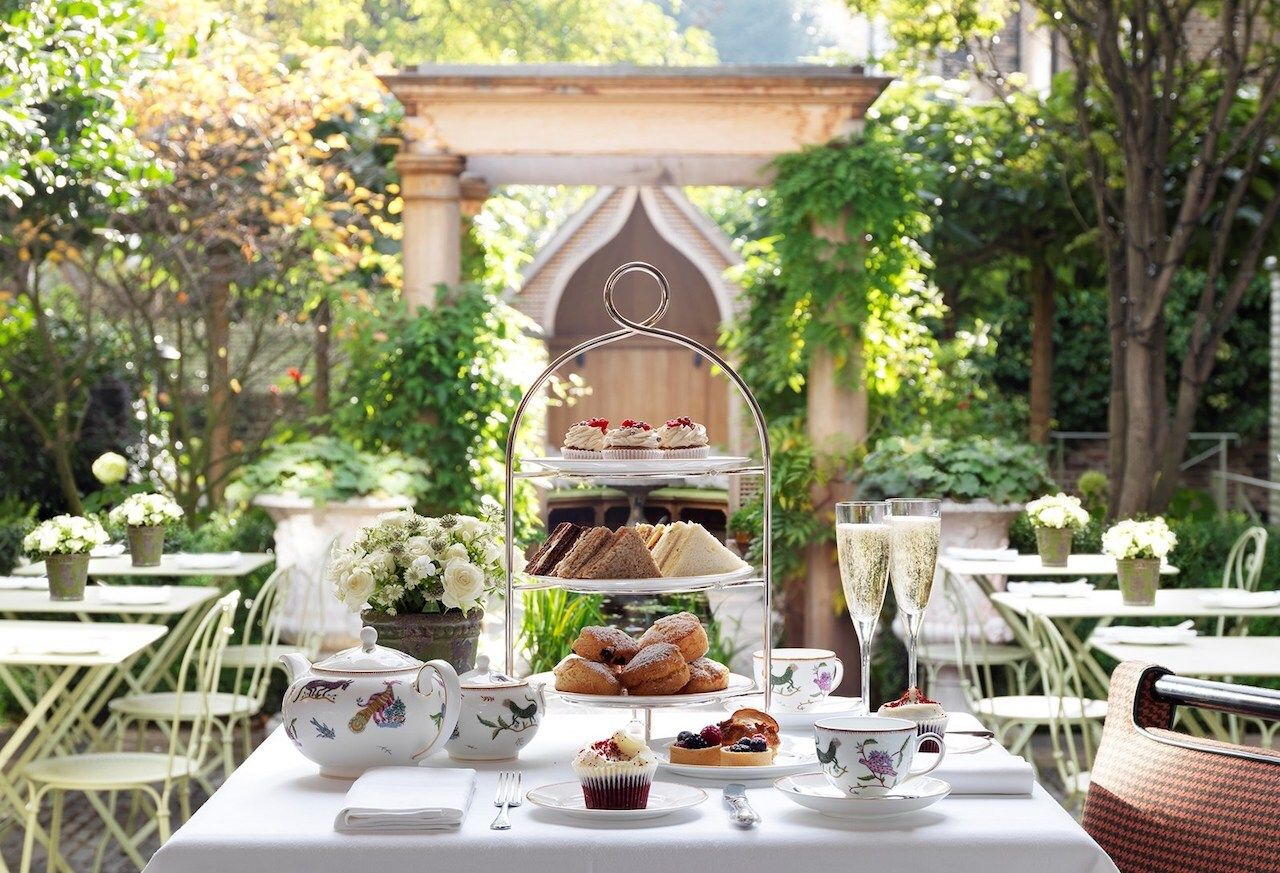 Afternoon-tea-number-sixteen-boutique-hotel-deals-in-london