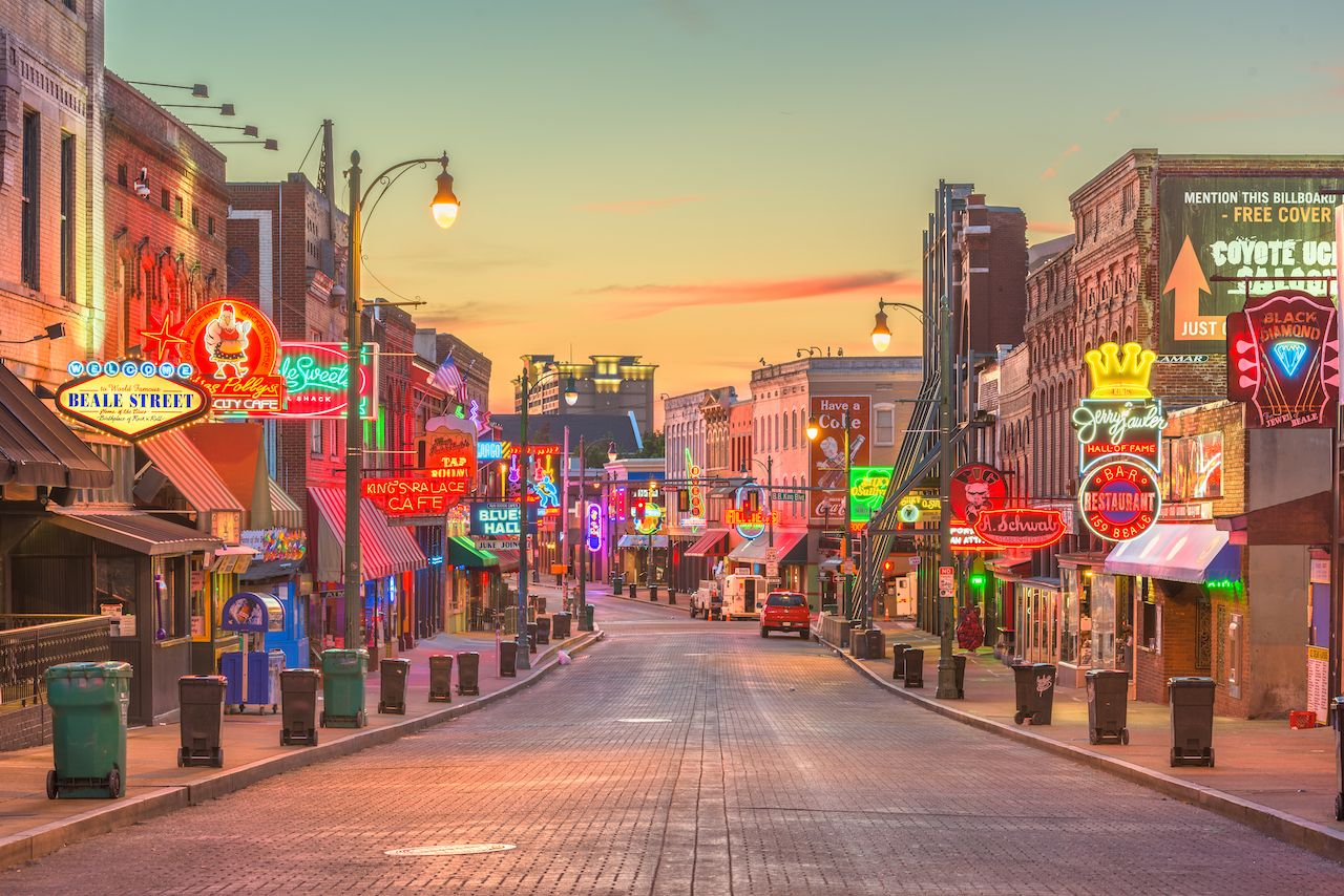 MEMPHIS, TENNESSEE - AUGUST 25, 2017: Blues Clubs on historic Beale Street at twilight, Big Cypress Lodge
