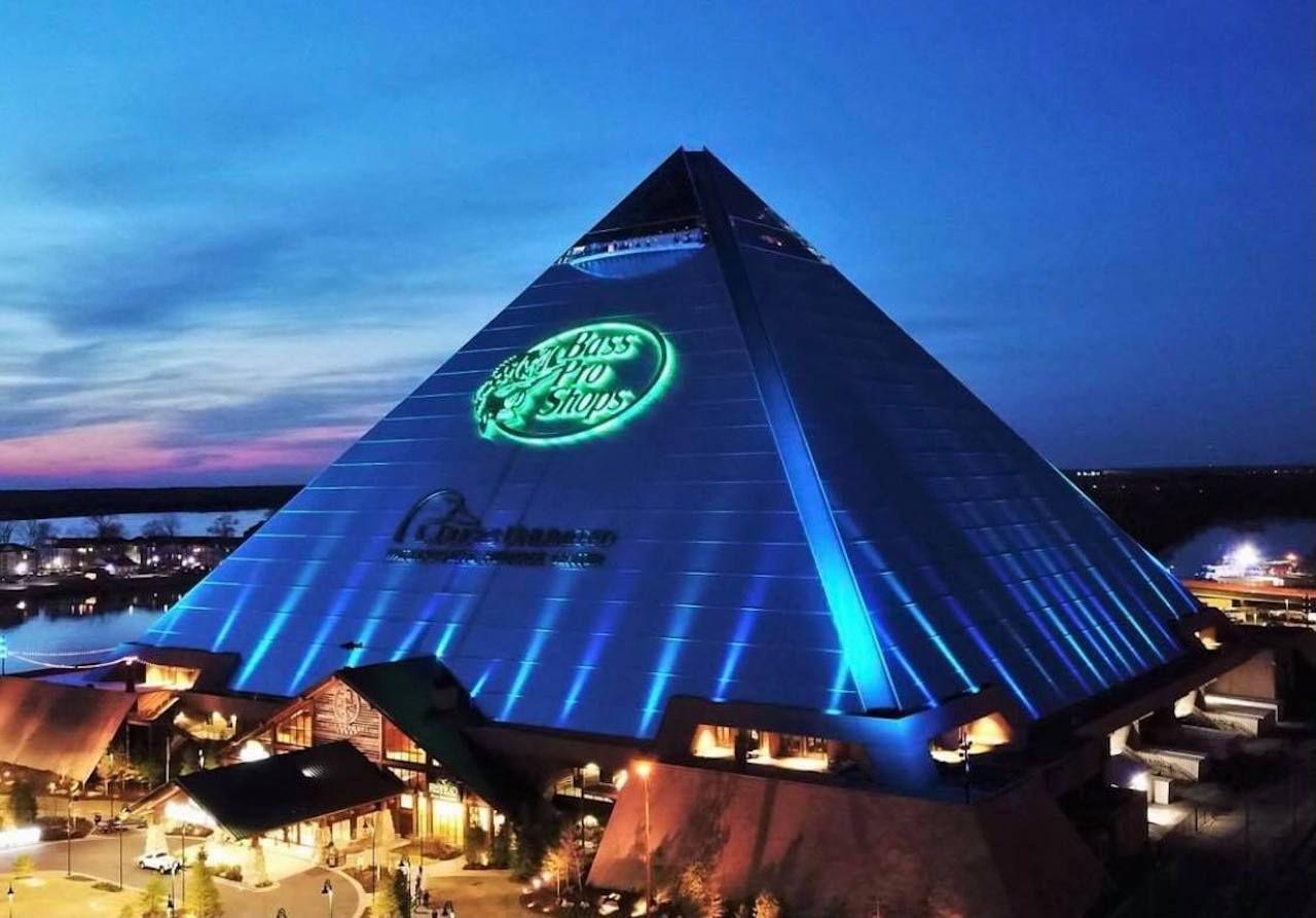 Big Cypress Lodge, exterior pyramid