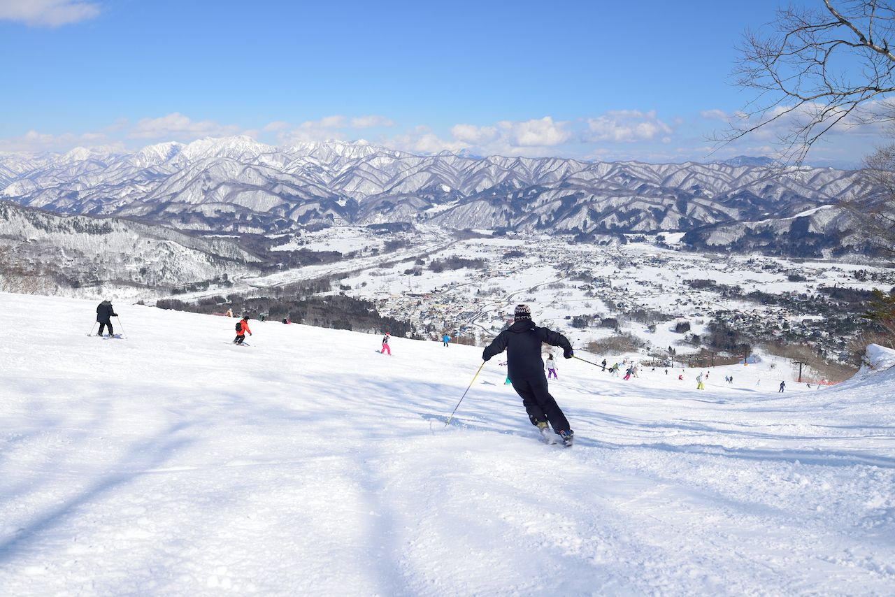Day-trips-from-Tokyo-Nagano-ski-1144431386, day trips from Tokyo