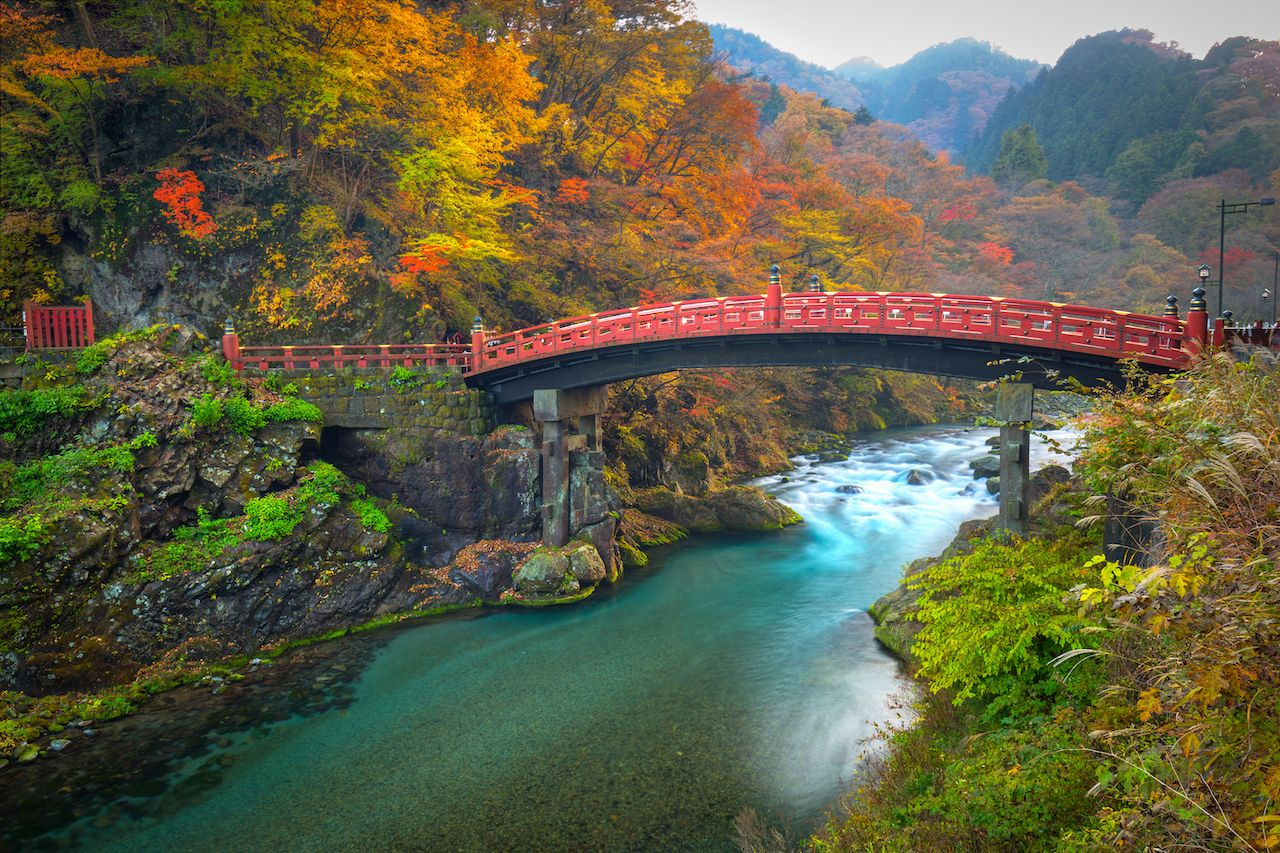 Day-trips-from-Tokyo-Nikko-bridge-river-715589527, day trips from Tokyo